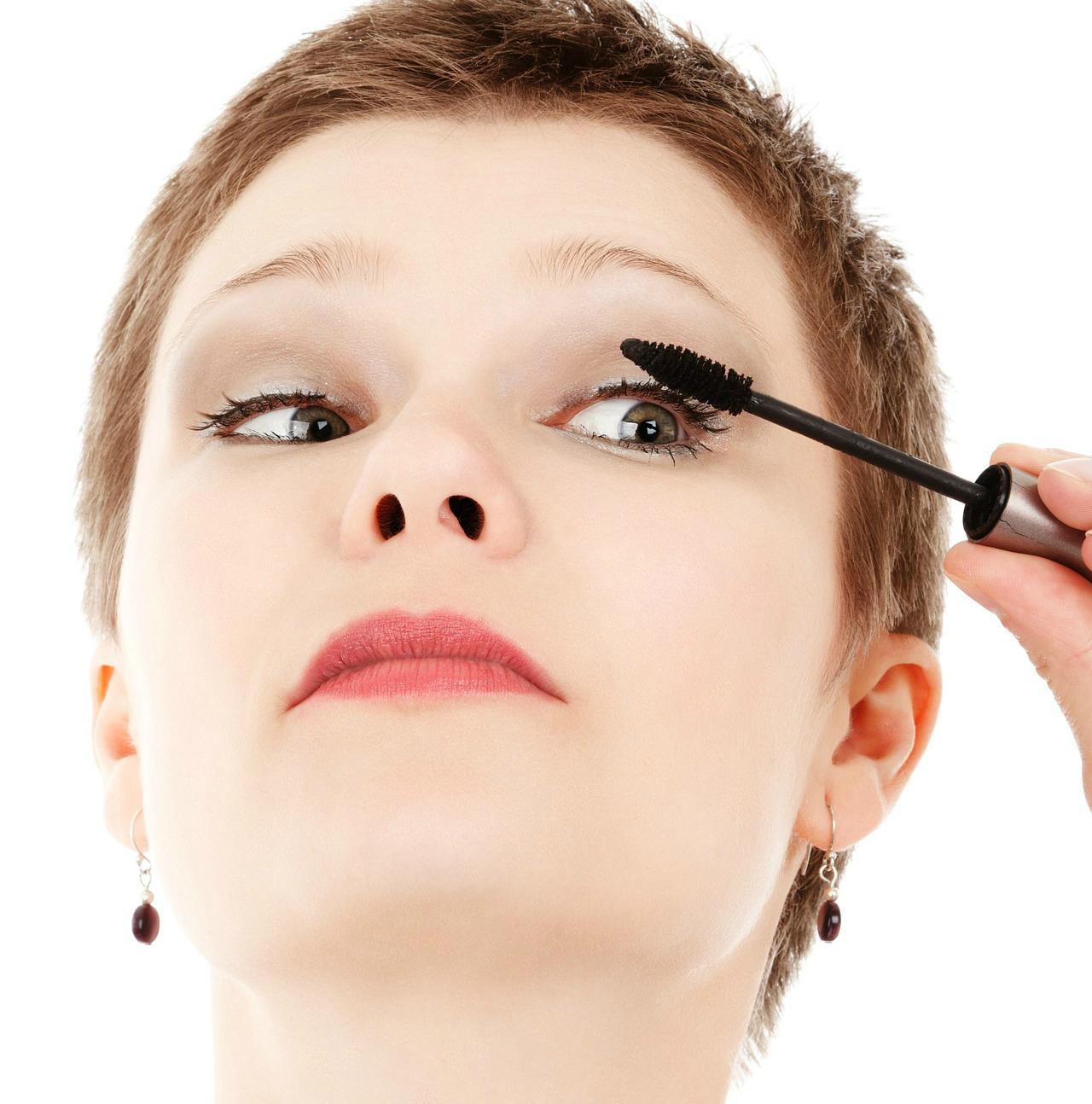 VeeLashe Procedure for Longer Eyelashes